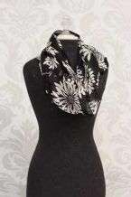 Scarf-Infinity -Delight Yourself In The Lord-Black & White Floral